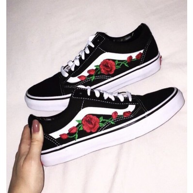 vans and roses